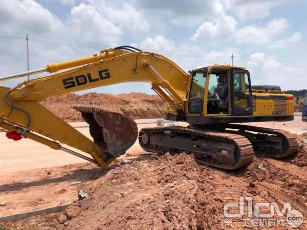 临工E6360Fplus挖掘机
