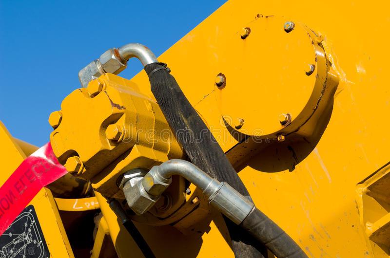 工程机械液压系统的基本构成及元件介绍